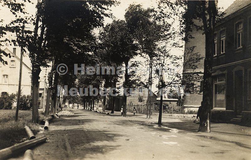 Beckumer Straße mit Wasserturm