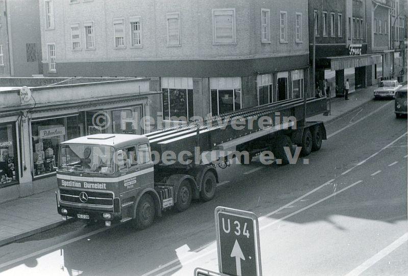 hauptstr bau ladenzentrum2 ca1970